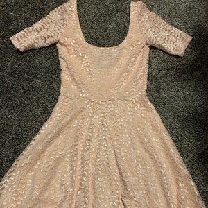 Dresses & Skirts - Blush lace dress